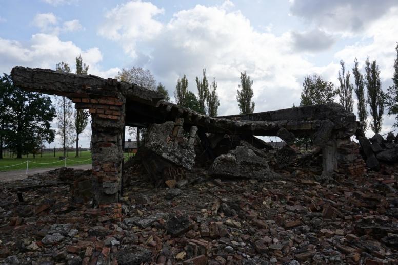 ruínas do crematório em Birkenau