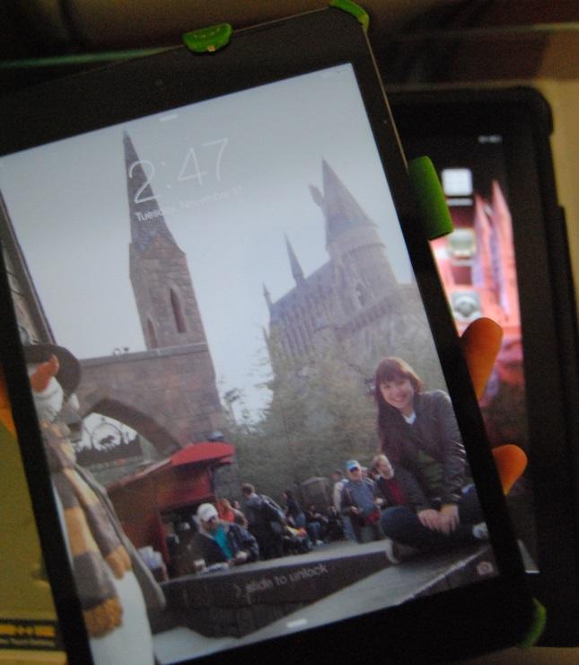 dá pra segurar o iPad mini com uma mão