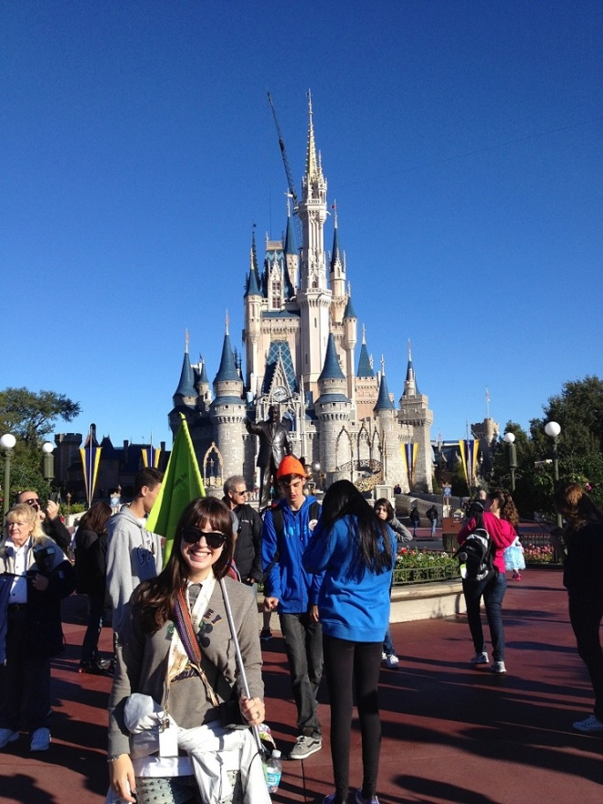 eu nunca terei fotos suficientes em frente a esse Castelo lindo